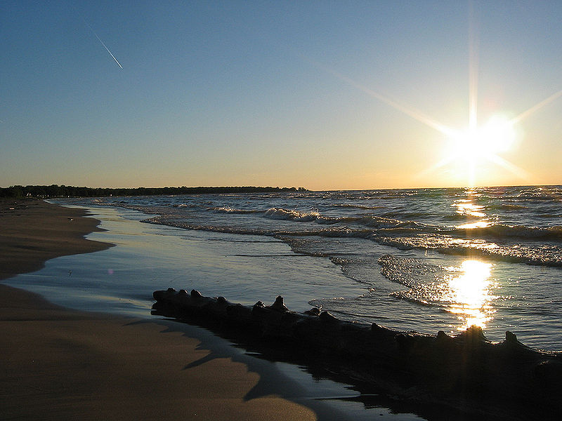 Lêer:Lake-huron-ipperwash-beach.jpg