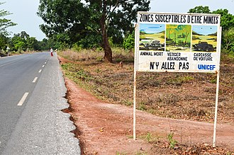 Land mines were widely used in the Casamance conflict between separatist rebels and the central government. Landmine warning sign near Ziguinchor, Senegal.jpg