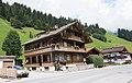 Lanersbach - wooden house.jpg
