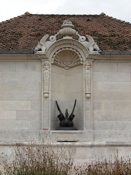 File:Laneuville-au-Rupt (Meuse) lavoir A, la font