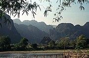 Phong cảnh Văng Viêng