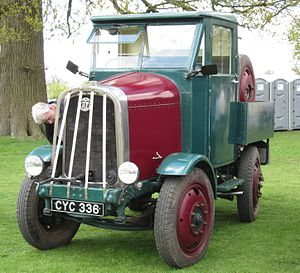 Latil 4X4 (in front of a row of portaloos in Bedfordshire) mfd 1937 first reg in UK sep 1987 3686cc.JPG