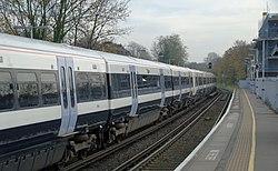 Lewisham station MMB 22 465029 465231.jpg