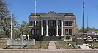 Lipscomb, Texas - Lipscomb County courthouse in Lipscomb