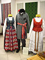 Lithuanian traditional costumes. Dzūkija.jpg