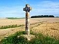 Longuesse (95), croix Rouge.jpg