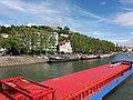 Lyon 2e - Quai Fulchiron, depuis le pont Kitchener-Marchand, au passage de la péniche Aquarius Kalipeda.jpg