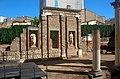 Mérida - Pórtico del foro romano - 01.jpg