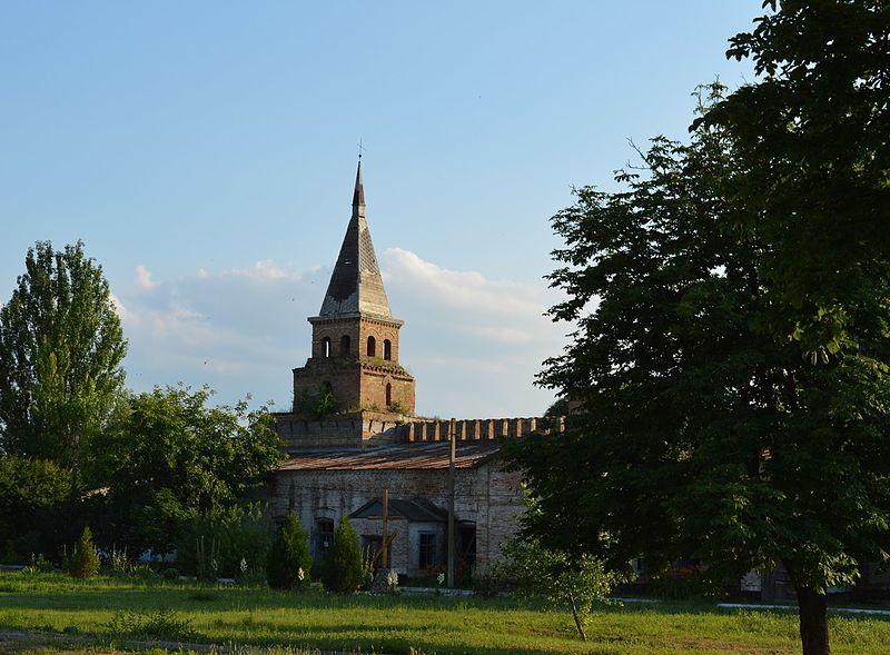 Конюшня (Василівка, Запорізька область). Автор фото — Каїра Федір (ліцензія CC-BY-SA-4.0)