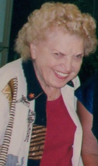 Mae Young - Image: Mae Young circa date photograph (cropped)