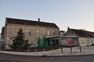 Quetigny - Town hall