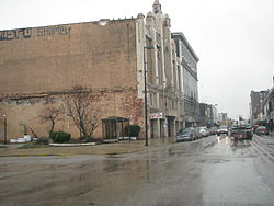 Majestic Theatre side view.jpg