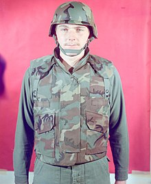 c57d1bb168f A man in 1975 modelling an early prototype variant of the PASGT helmet and  vest in the ERDL pattern.