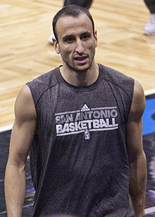 Manu Ginobili Spurs-Magic011 (cropped).jpg