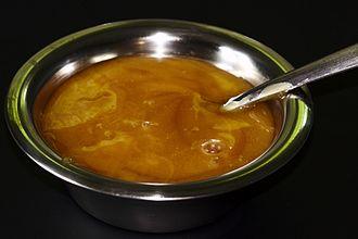 Mānuka honey - A bowl of mānuka honey