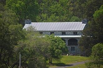 Melrose Caverns and Harrison Farmstead - Melrose Lodge