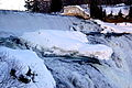Montmorency falls large iceberg.JPG