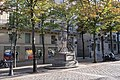 Monument à Auguste Comte, place de la Sorbonne, Paris 5e.jpg