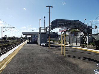 Moorooka railway station - Northbound view from the platform in July 2012