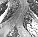 Muir Glacier, tidewater glacier junction and hanging glaciers, September 17, 1966 (GLACIERS 5698).jpg