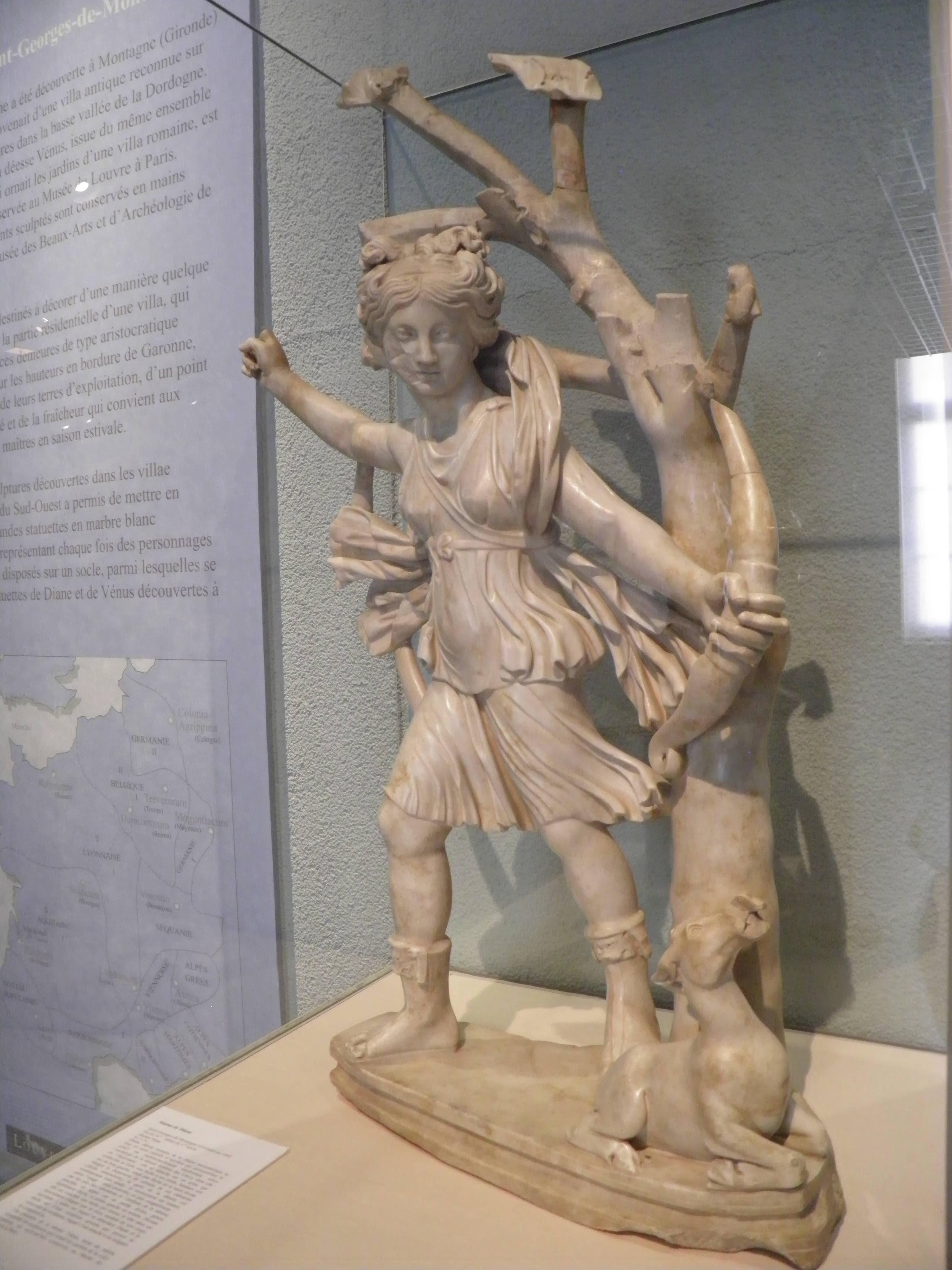 Villa Terre Du Sud file:musée d'aquitaine - intérieur - statue de diane