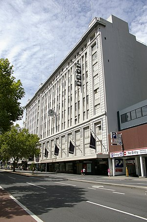 Myer - Former MYER Emporium, Lonsdale Street facade (1920s-2010)