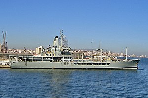 Rover-class tanker - Image: NRP Berrio 20071106