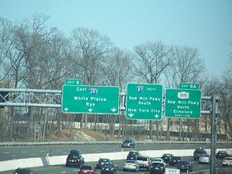 Interstate 287 - I-287 eastbound approaching the split with I-87 near Tarrytown