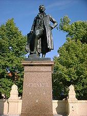 Schinkel-Denkmal in Neuruppin von Max Wiese (1883) (Quelle: Wikimedia)