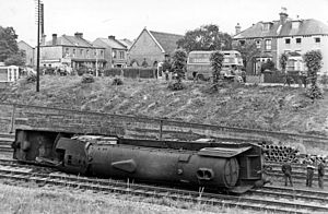 New Southgate railway station - Derailment just north of New Southgate in 1948