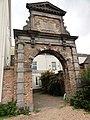 Nijmegen Rijksmonument 31118 Begijnenstraat 29 verplaatste poort RK weeshuis.JPG