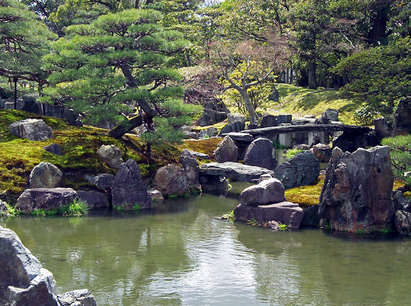File:NijojoGarden3303.jpg