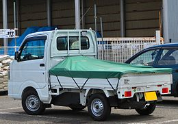 Nissan NT100 Clipper DX 4WD DR16T Rear 2.jpg