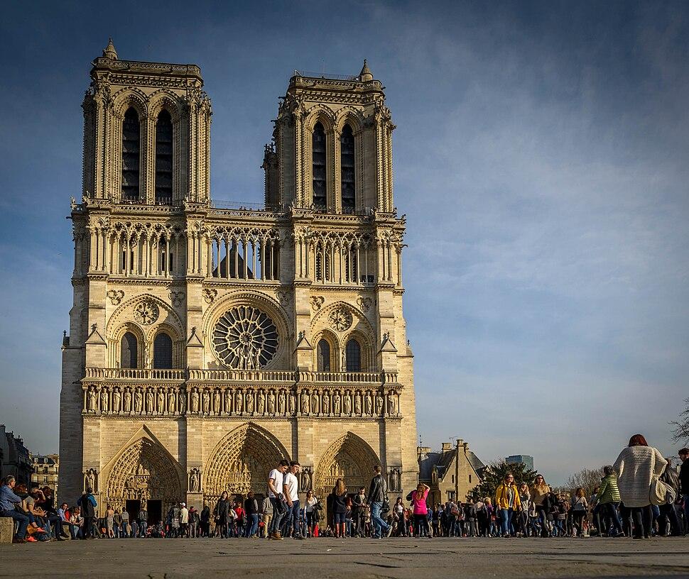 Notre Dame de Paris, 8 March 2015 001