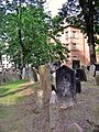 Old Jewish Cemetery, Prague 003.jpg