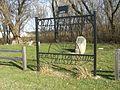 Old Settlers Cemetery (gate) PB140056.jpg