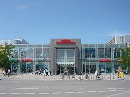 Olympia-Einkaufszentrum, München – Architekten (Erweiterung, Modernisierung 1994) Hans Baumgarten, Curt O. Schaller