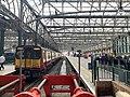 On platform in Glasgow Central railway station 01.jpg