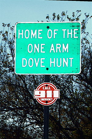 Olney, Texas - Image: One Arm Dove Hunt Sign