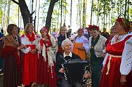 Певицы исполняющийе народные песни фото 510-653