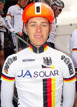 Oudenaarde - Ronde van Vlaanderen Beloften, 11 april 2015 (B143).JPG