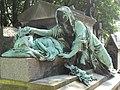 Père-Lachaise, Rest (10147521603).jpg