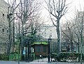 P1080038 Paris XV square Paul-Gilot rwk.JPG