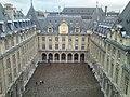 PA00088485 cour intérieur de la Sorbonne vue du haut de la chapelle.jpg