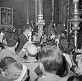 Paasviering. Gelovigen in de Heilige Graf kerk. Ontsteken van het Paasvuur, Bestanddeelnr 255-5241.jpg