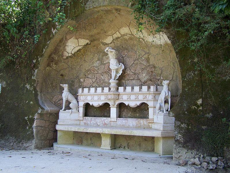 File:Palacio-da-Regaleira Banco1 Sintra Set-07.jpg
