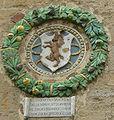Palazzo dei priori di volterra, stemma del benino 1489.jpg