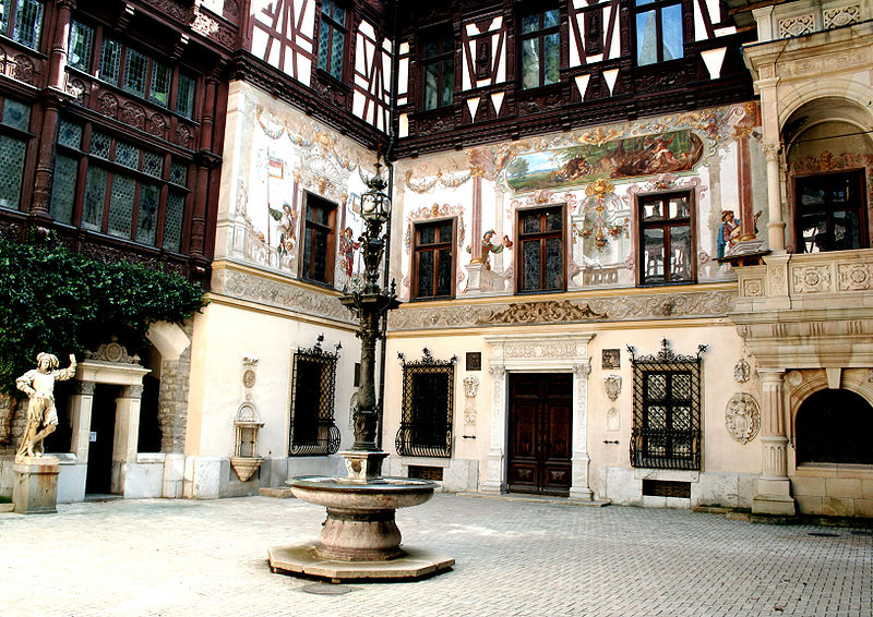 http://upload.wikimedia.org/wikipedia/commons/thumb/3/33/Peles_Castle_courtyard.jpg/800px-Peles_Castle_courtyard.jpg