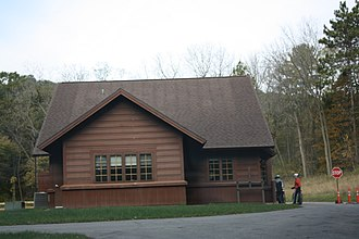 Perrot State Park - Image: Perrot State Park Wisconsin Ranger Station