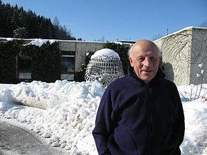 Pierre Cartier (mathematician) - Image: Pierre Cartier 2009